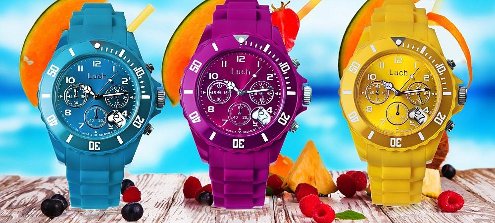 пластиковые часы Луч